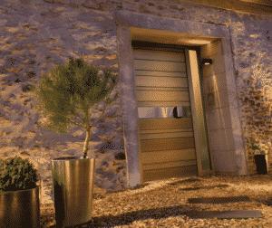 Porte en bois à Bordeaux