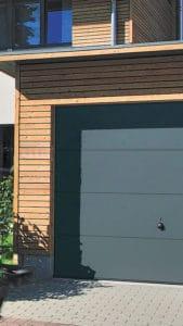 Porte de garage basculante à Bordeaux